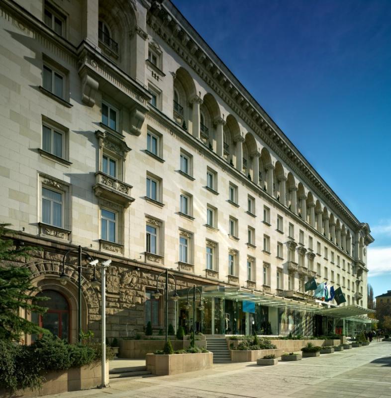Резултат с изображение за хотел балкан шератон нова снимка